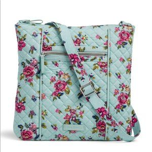 NWT Vera Bradley Iconic Hipster Water Bouquet Bag